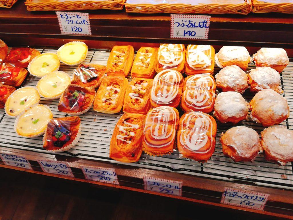 フロールの菓子パン