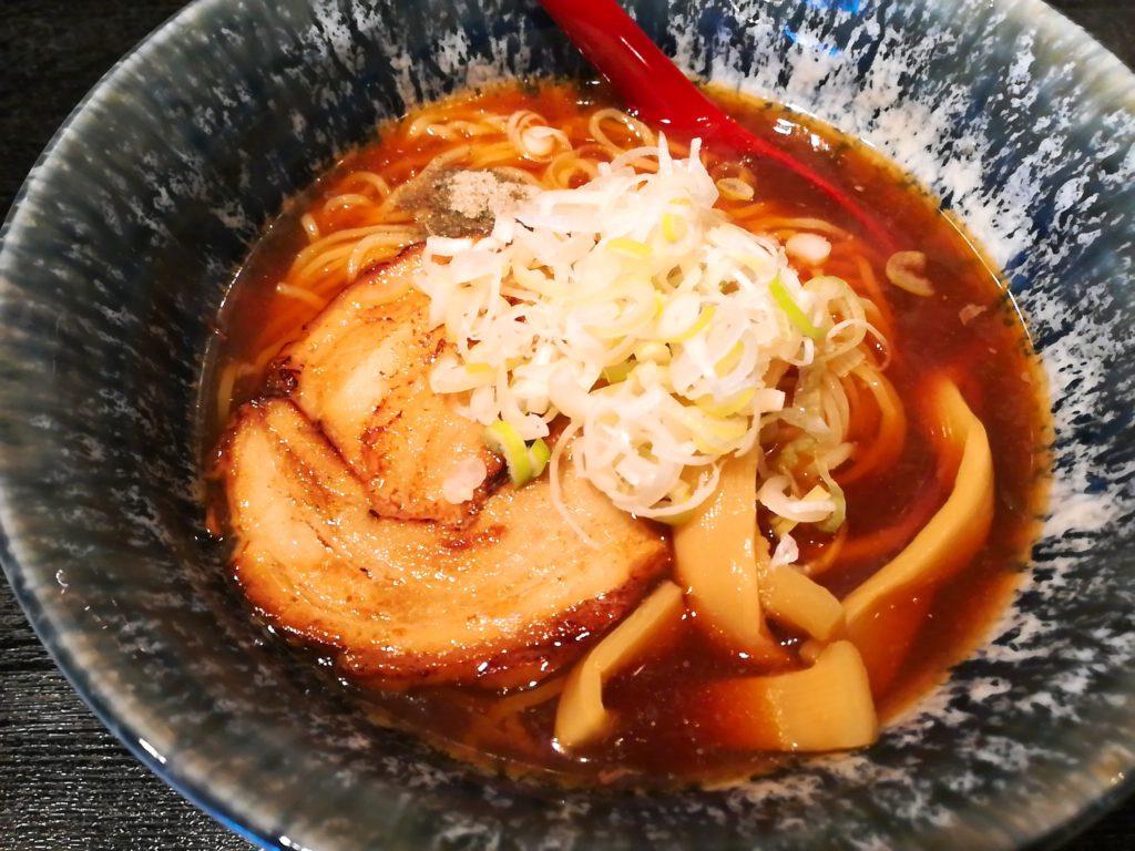 松陰神社前青森煮干し中華そば JIN(じん)の冷やし煮干しラーメン