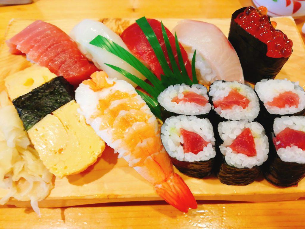 栄寿司総本店の並にぎり