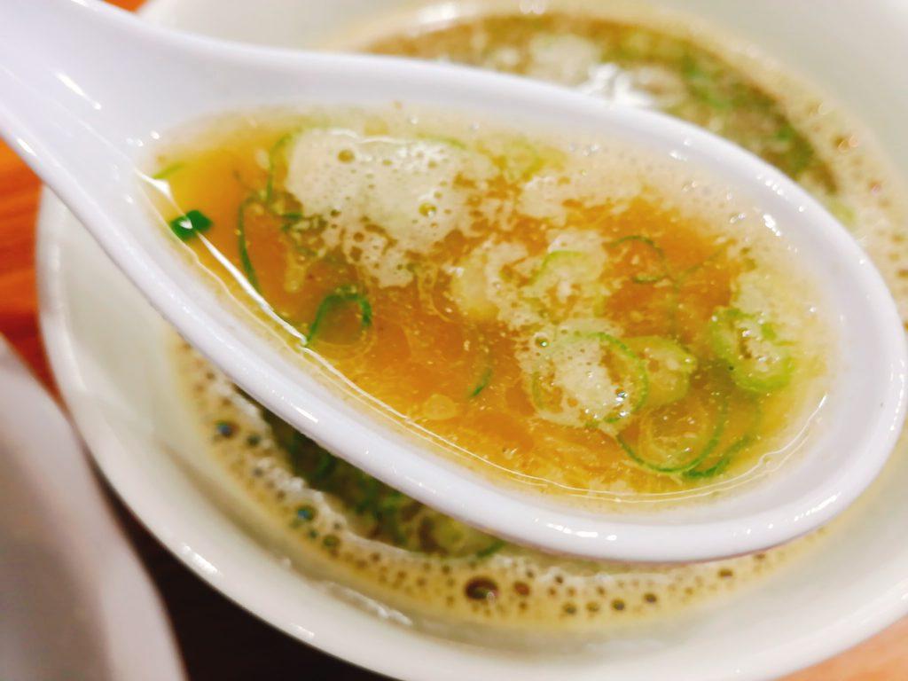 中華そば西川のスープ