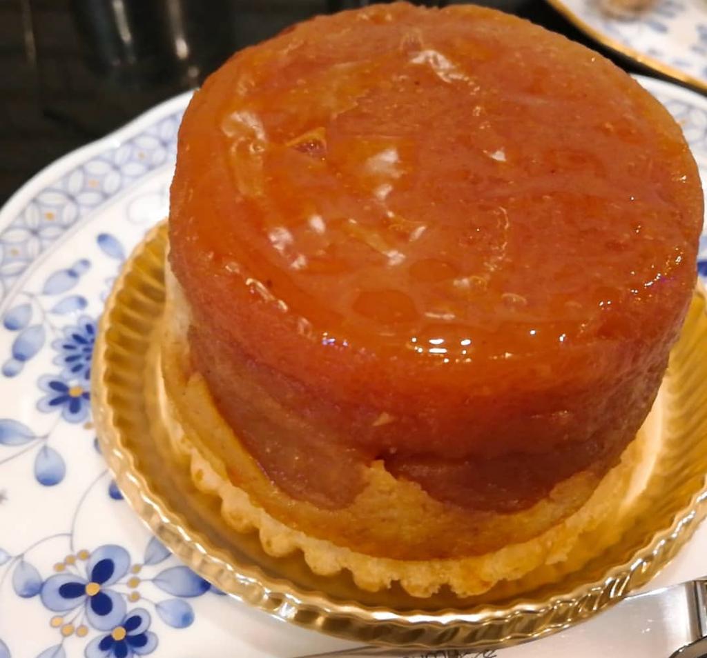 ニシキヤ洋菓子店のタルトタタン