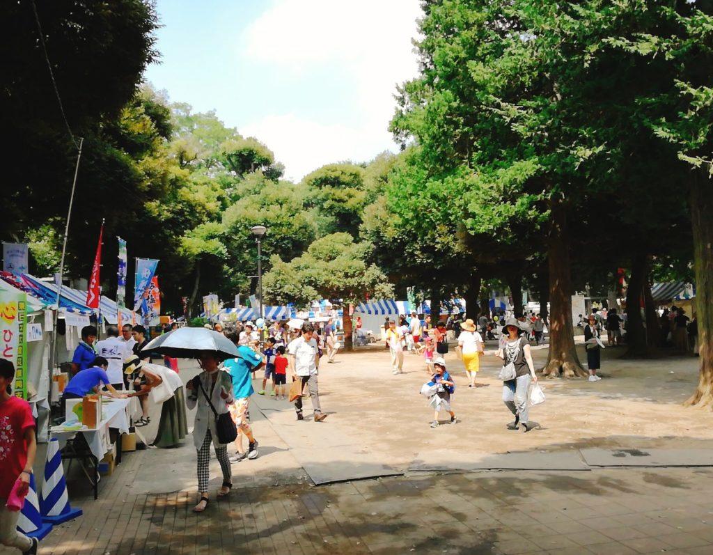 せたがやふるさと区民祭りの会場は若林公園