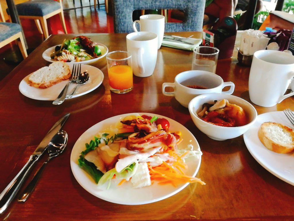 バンコクロイヤルオーキッドシェラトンの朝食バイキング