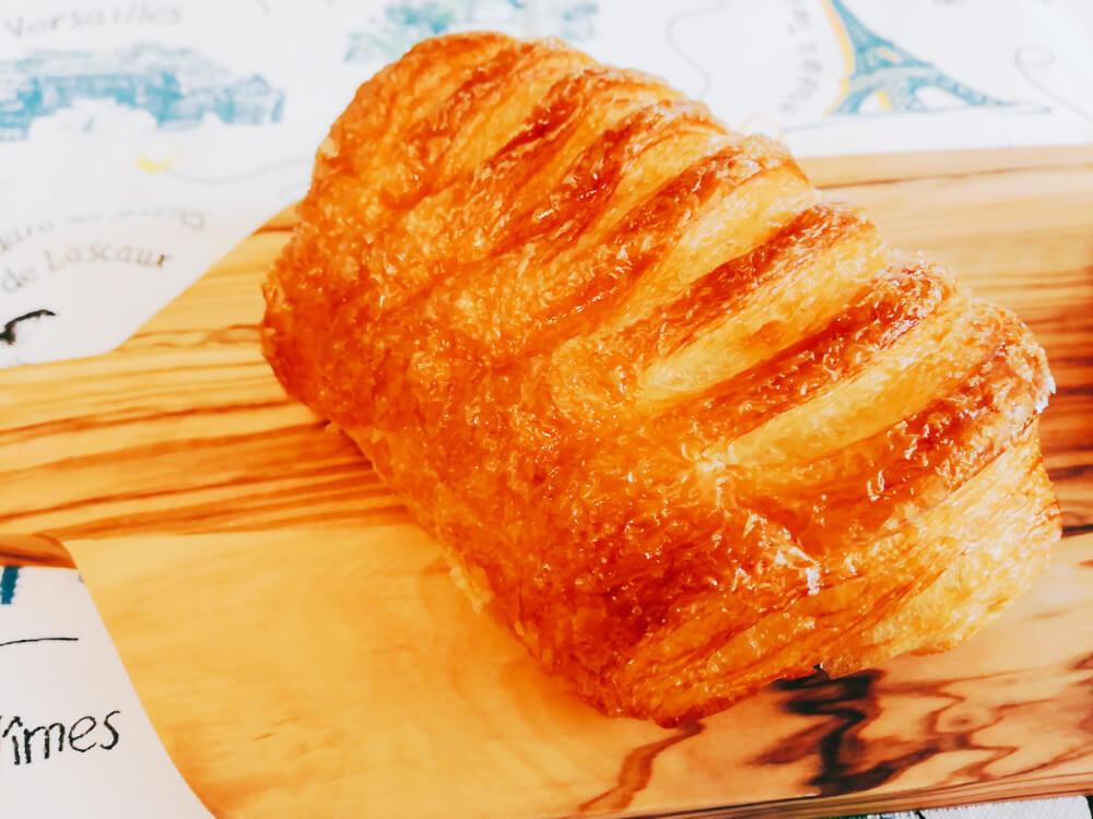 成城パンの「パリの朝」