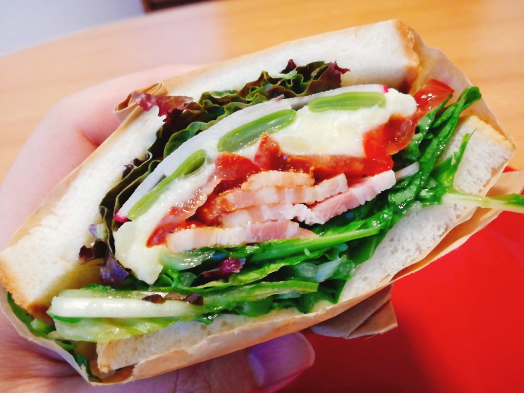 八百屋の日替わりサンドイッチ
