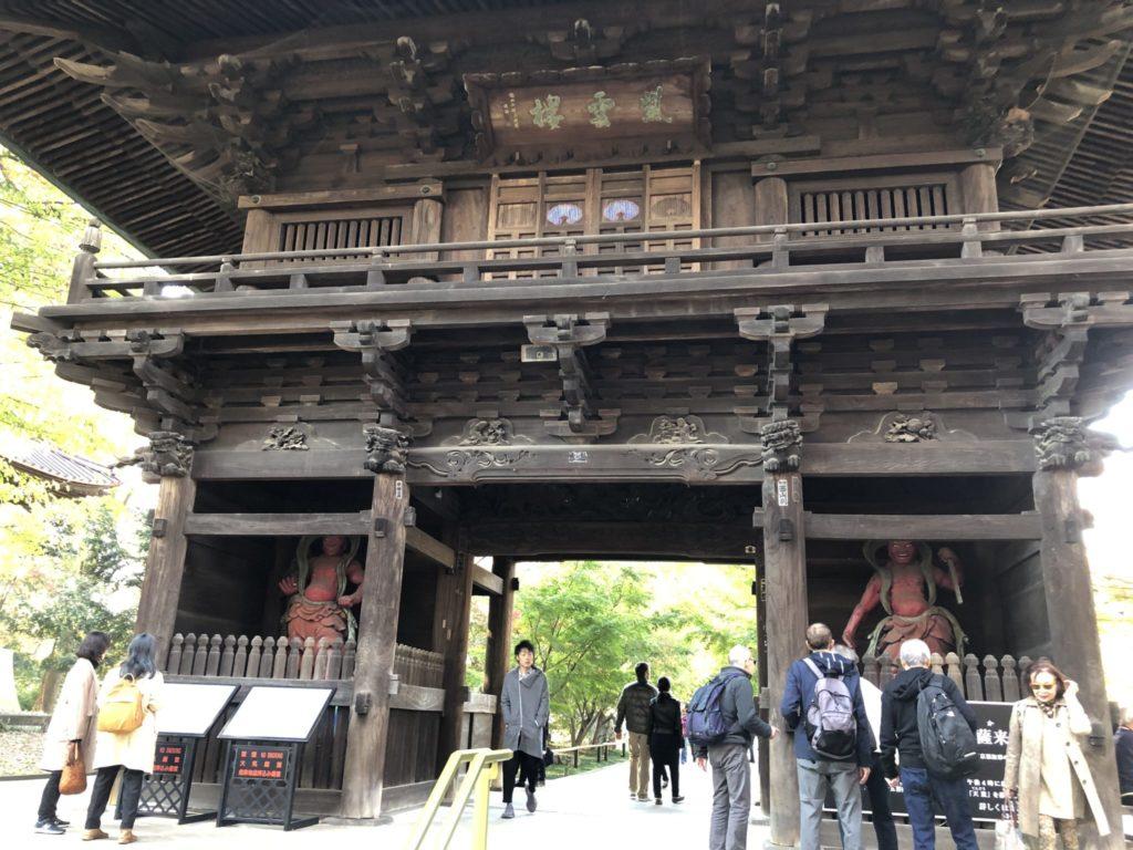 九品仏浄真寺の山門
