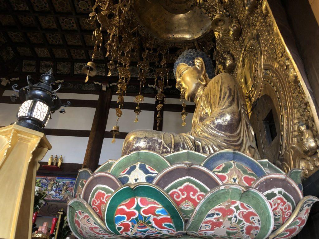 九品仏浄真寺の大仏の横顔