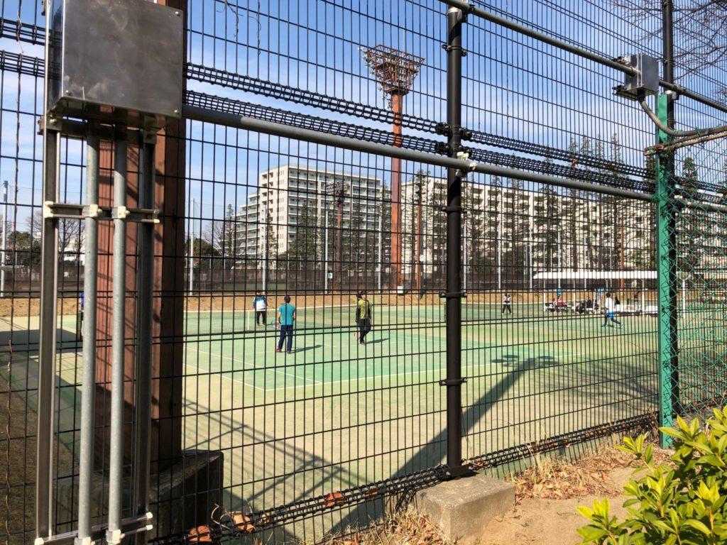 世田谷公園のテニスコート