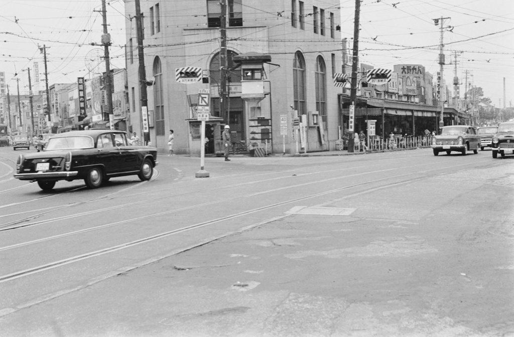 昭和30年代の三軒茶屋交差点