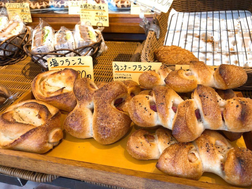 パン工房タムラのウインナーフランス