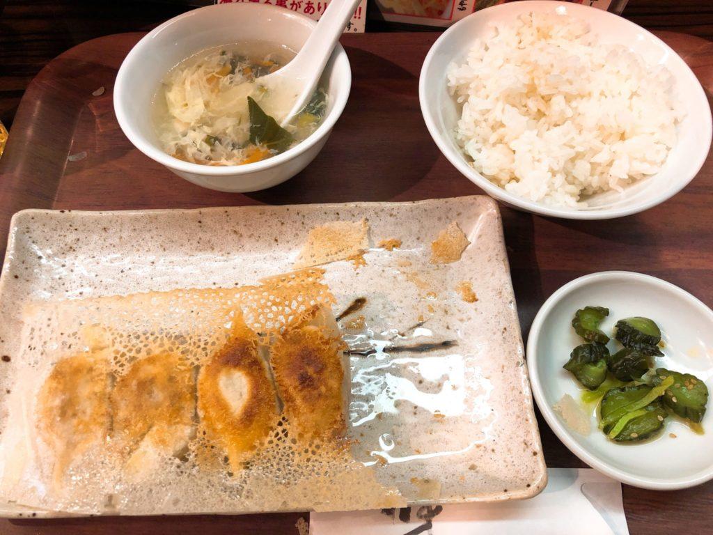 京城餃子王の餃子ランチ