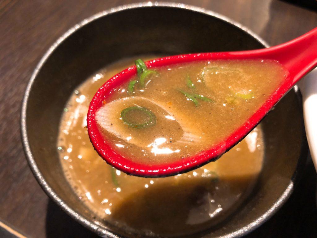 さとう桜新町店のつけ麺のスープ