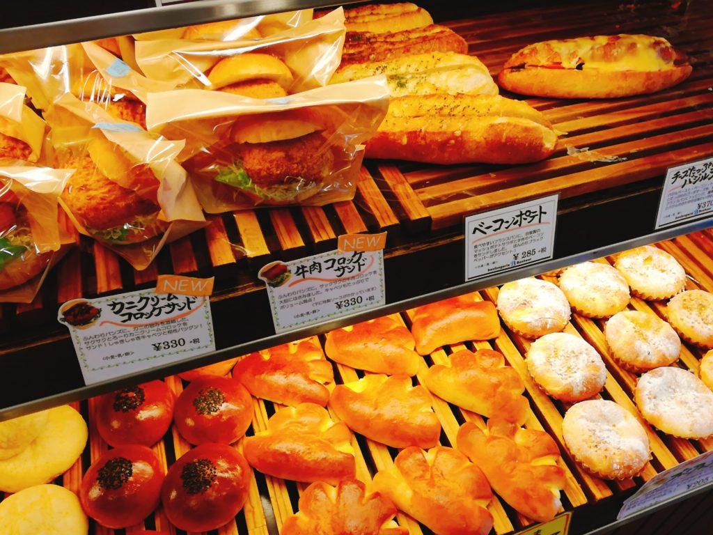 ブーランジェリーボヌール栄通り店のパン