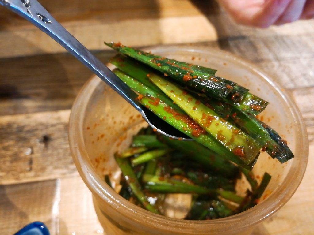 サバ6製麺所 成城学園前店のニラ