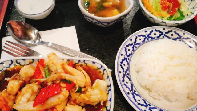 【バンタイ 新宿】人気タイ料理屋!【デリバリーのクーポンあり】