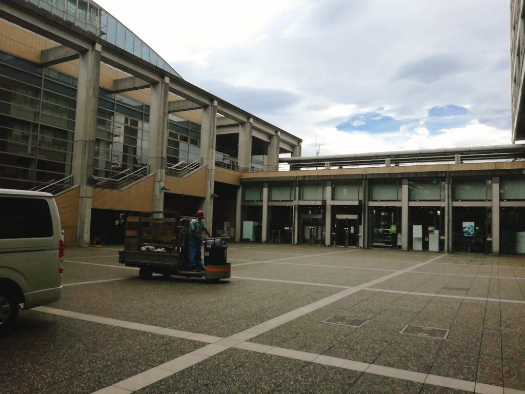 東京農業大学学食すずしろの外観