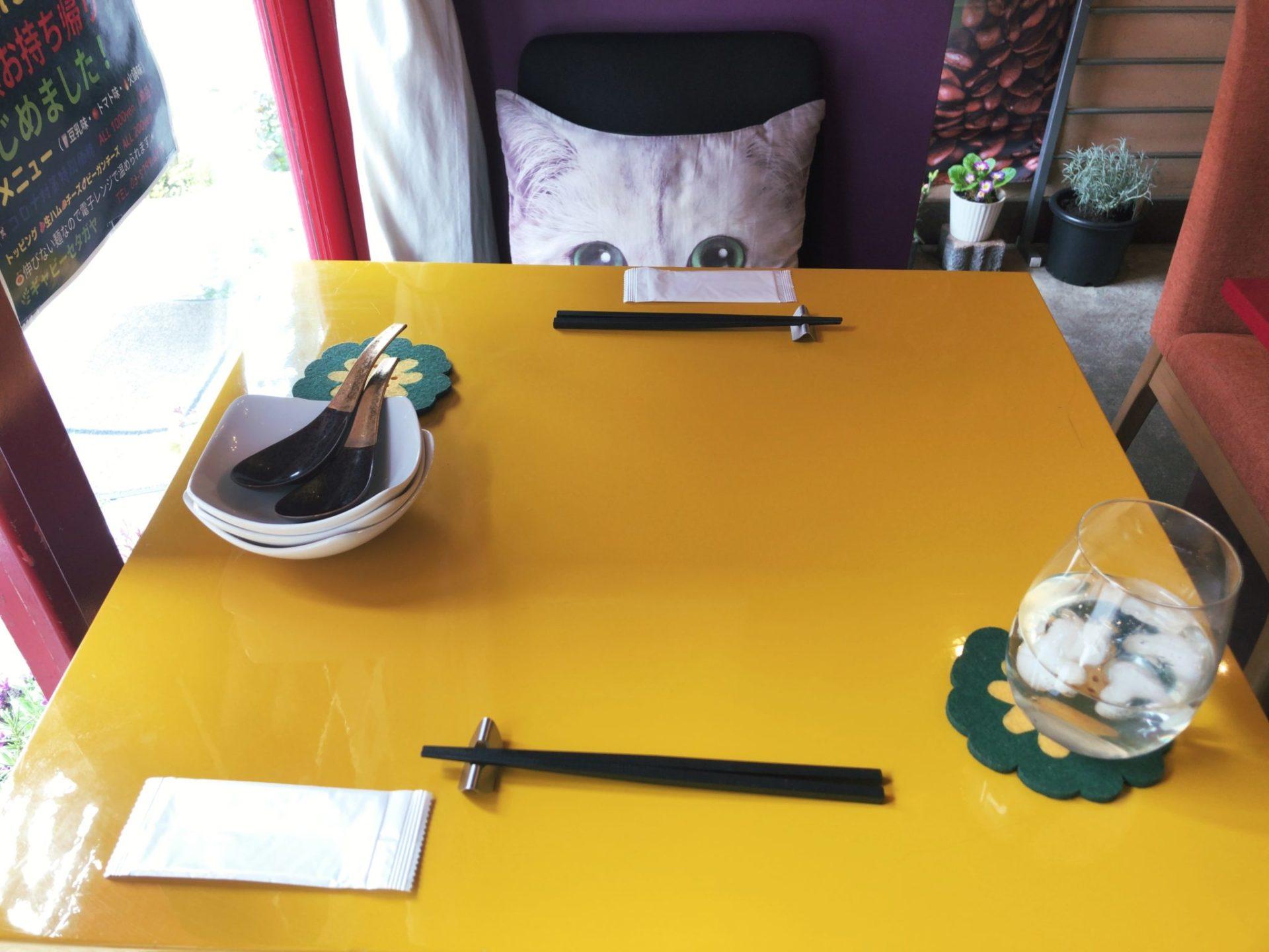 ギャビーセタガヤ上町のテーブル席