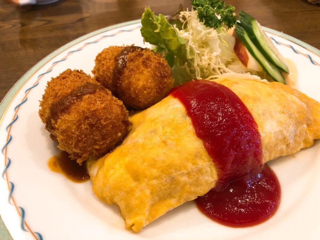 キッチンマカベ(祖師ヶ谷大蔵)のオムコロ
