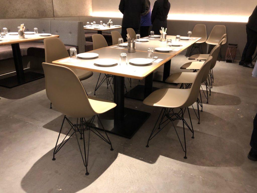 H.Q CAFE 成城店 (ヘッドクォーターズ カフェ)の奥の部屋