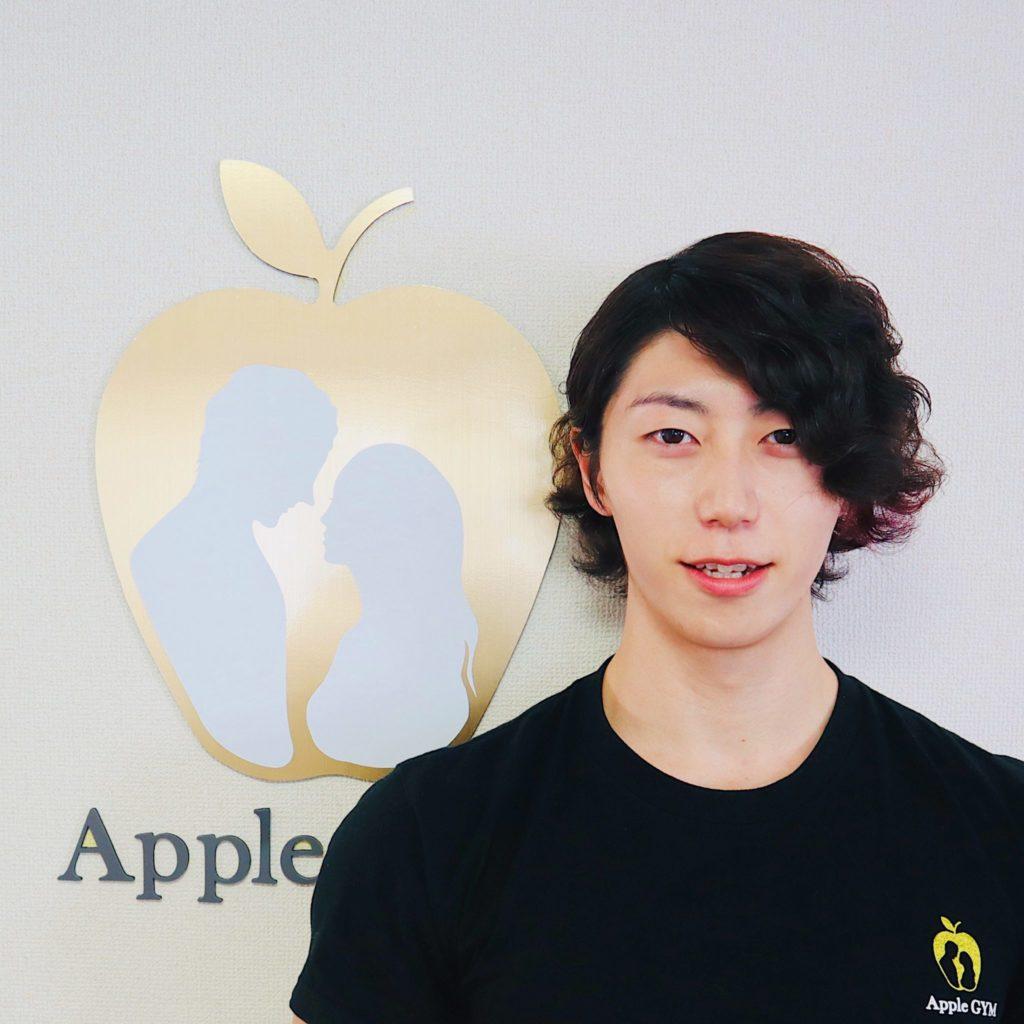 アップルジム中目黒店トレーナーのお兄さん、爽やか!