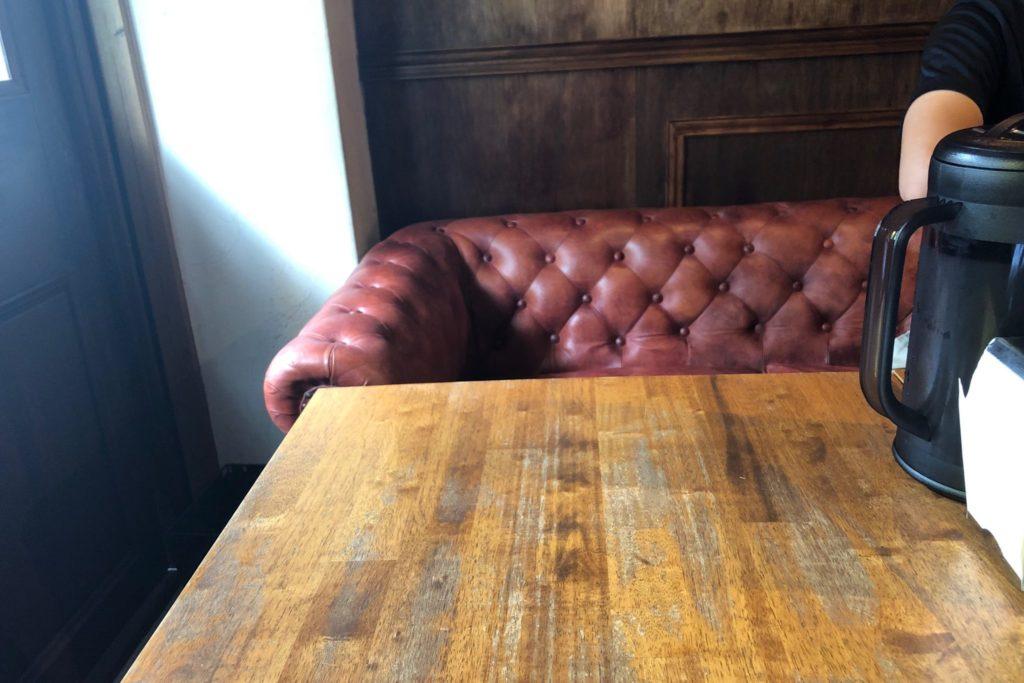 MANOS(マノス)のソファー席