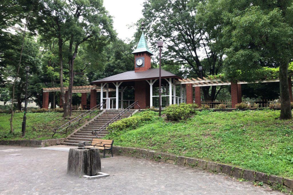 世田谷区にある希望ヶ丘公園の時計塔