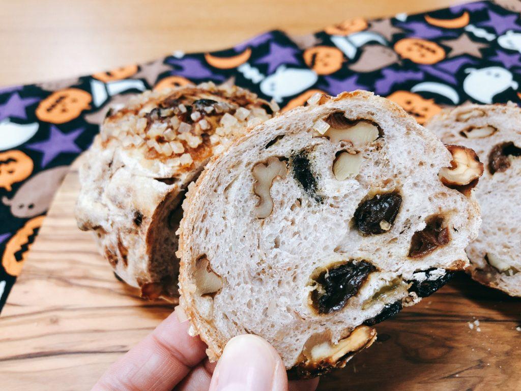 TAMAS(タマス)ドイツパンの店はハード系パンがうまい