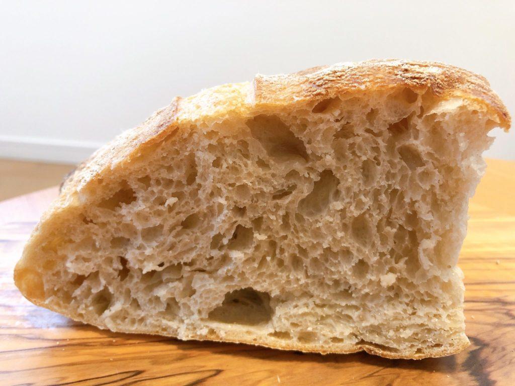 これが、メゾン・イチ 渋谷スクランブルスクエア店のスペルト小麦のパンだ!