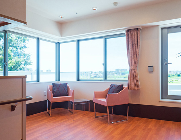 リアンレーヴ二子玉川 住宅型有料老人ホーム 眺めの良い5階のリビング
