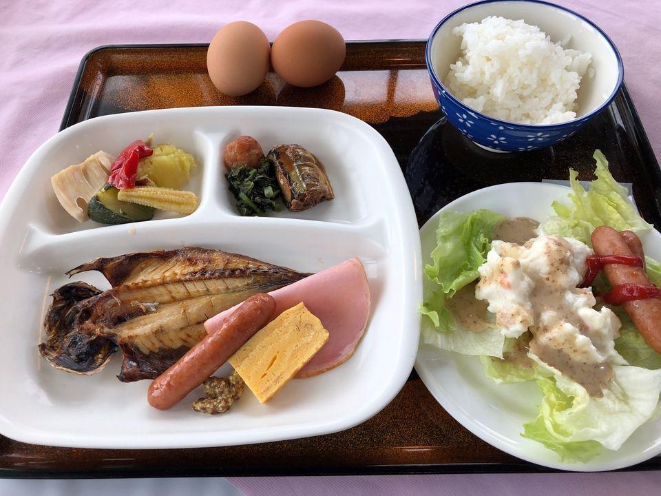 大島温泉ホテルの朝食バイキング