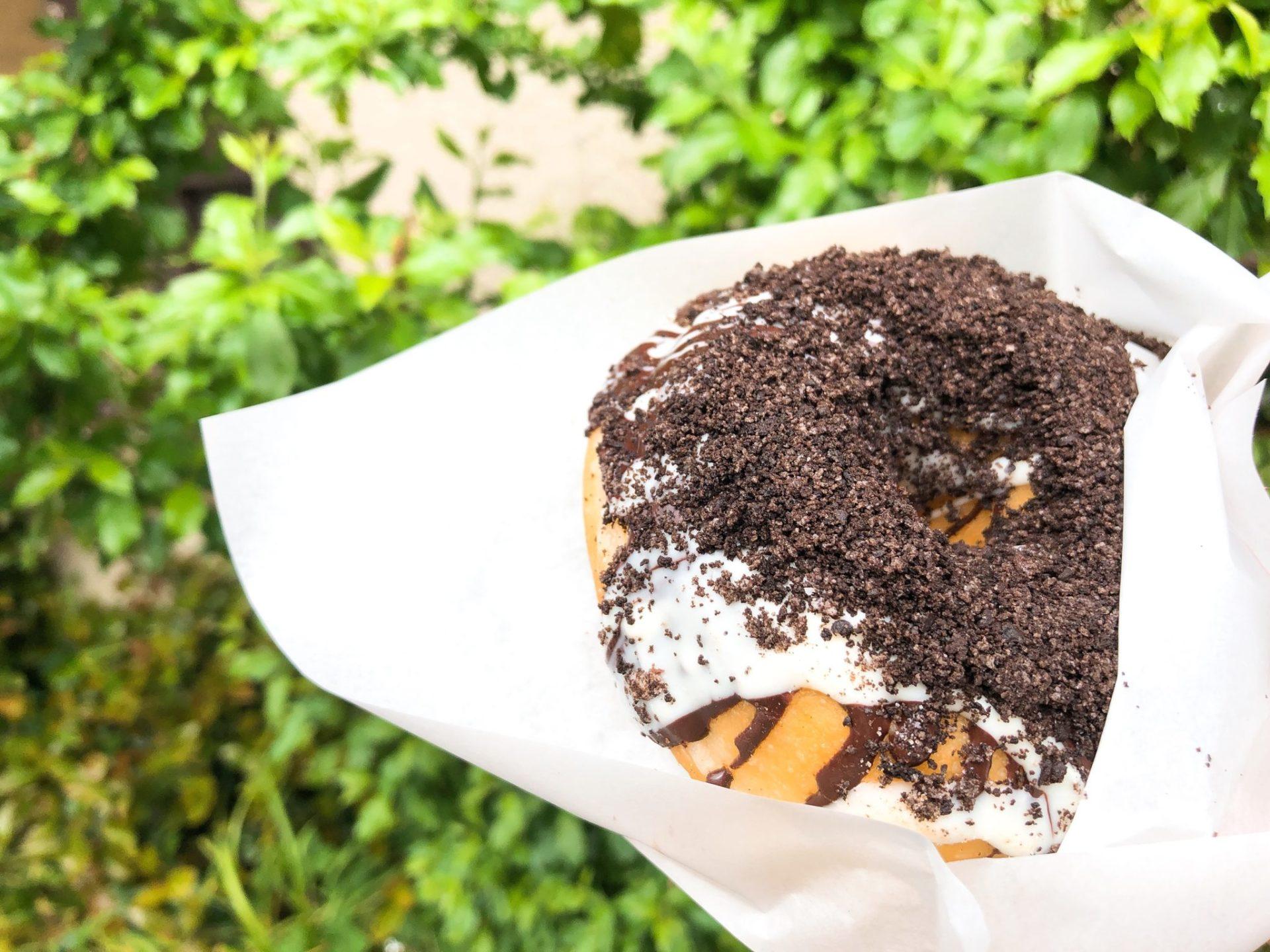 珈琲とドーナツふわもち邸(用賀)のオレオクリームドーナツ