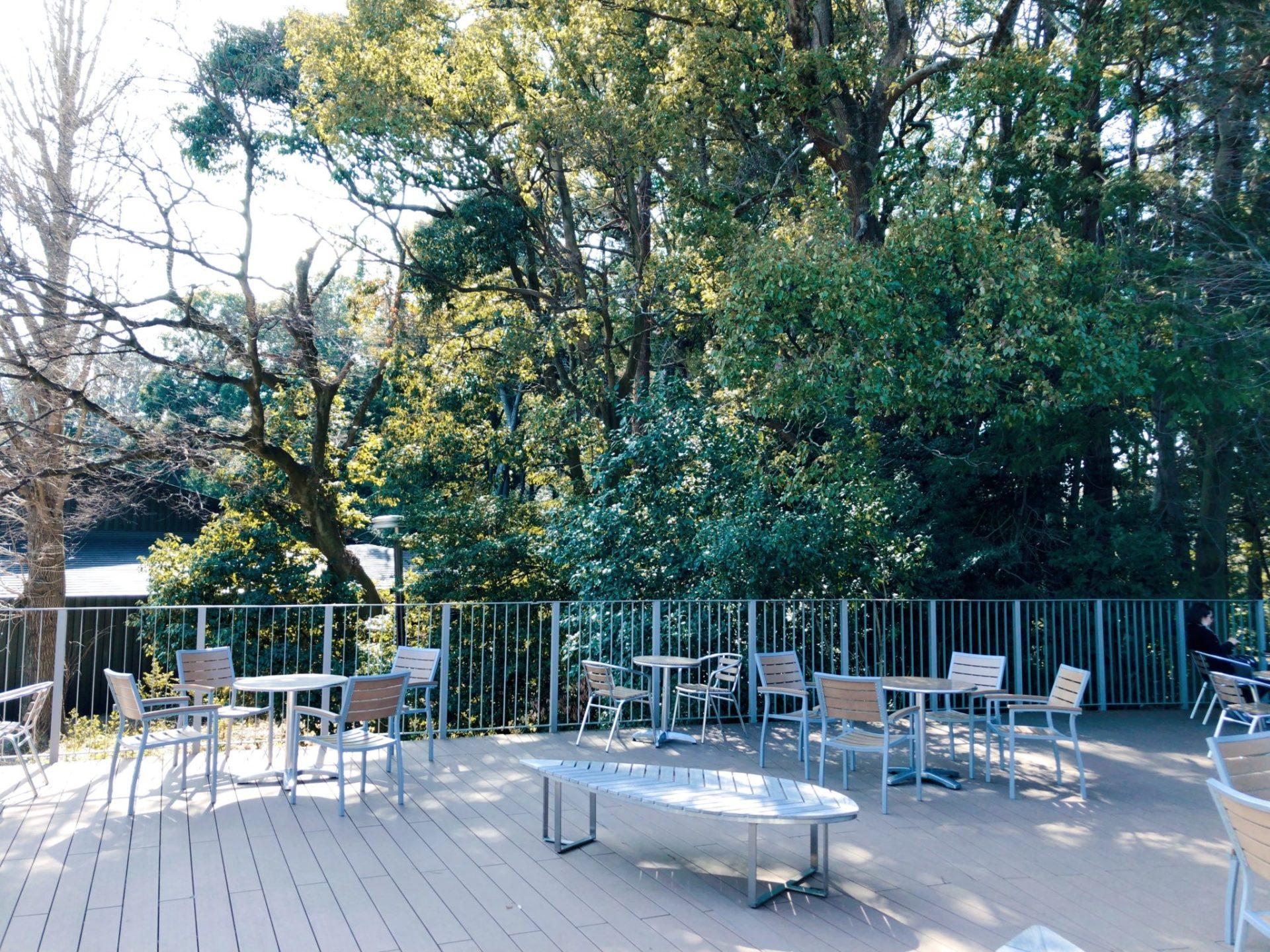明治神宮フォレストテラスのカフェ テラス席