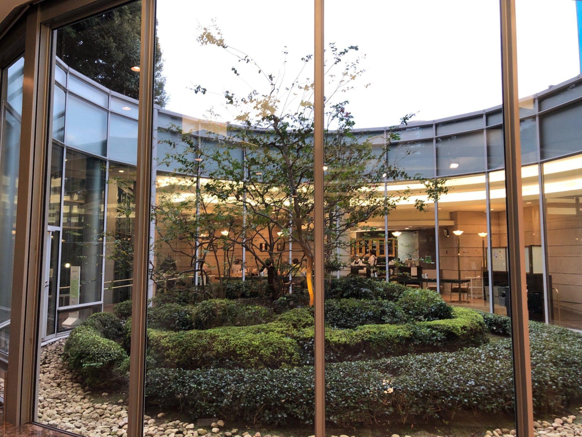 世田谷文学館 芦花公園のライブラリーにあるカフェ