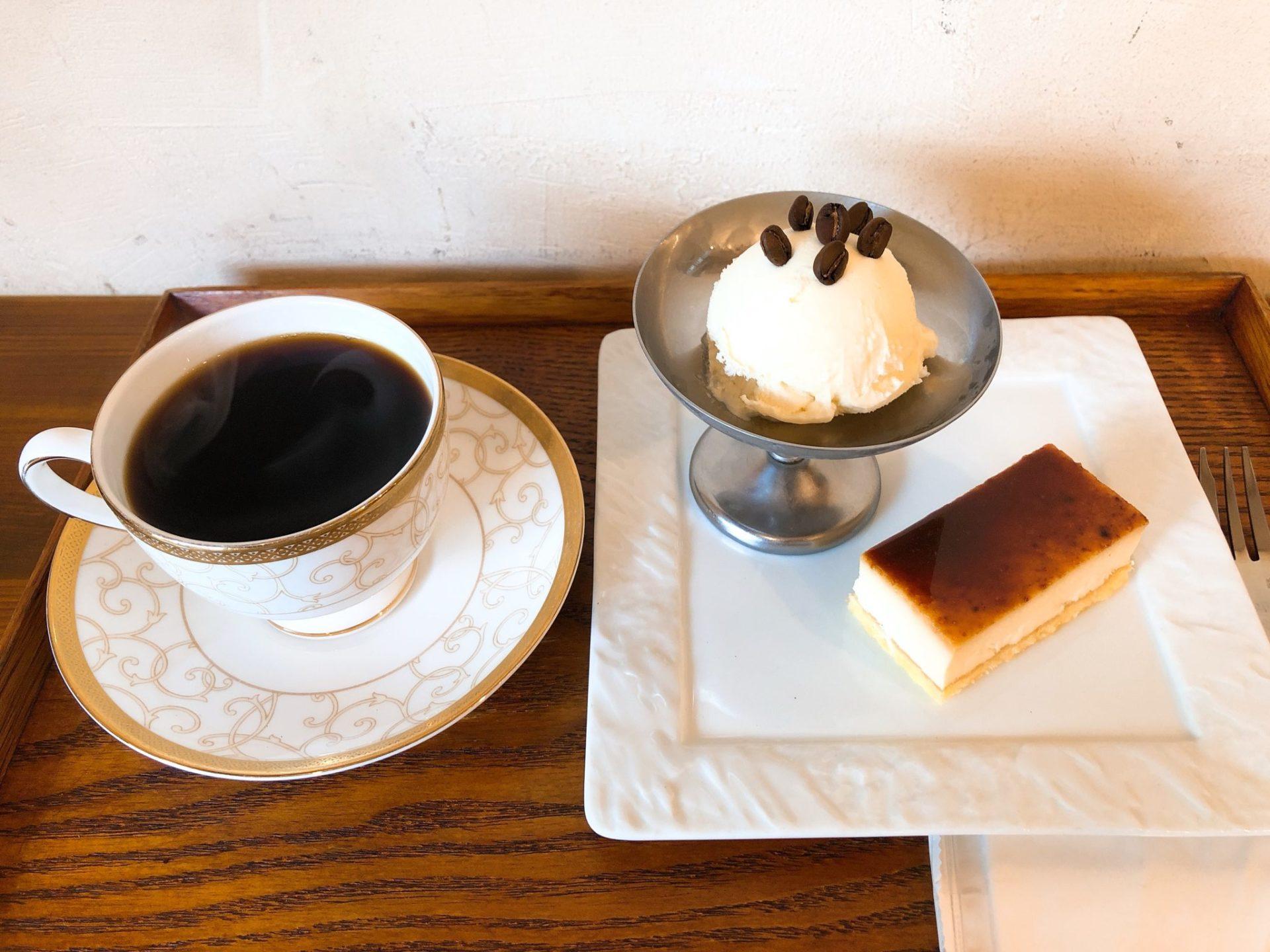 焙煎コーヒー専門店ビーンズ喜多見のケーキセット