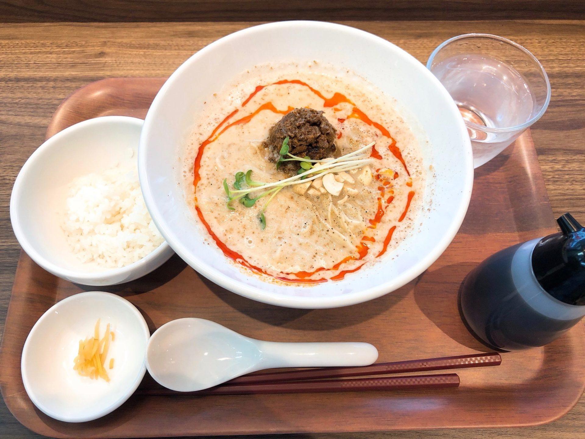 飲茶ライフ 下北沢の担々麺