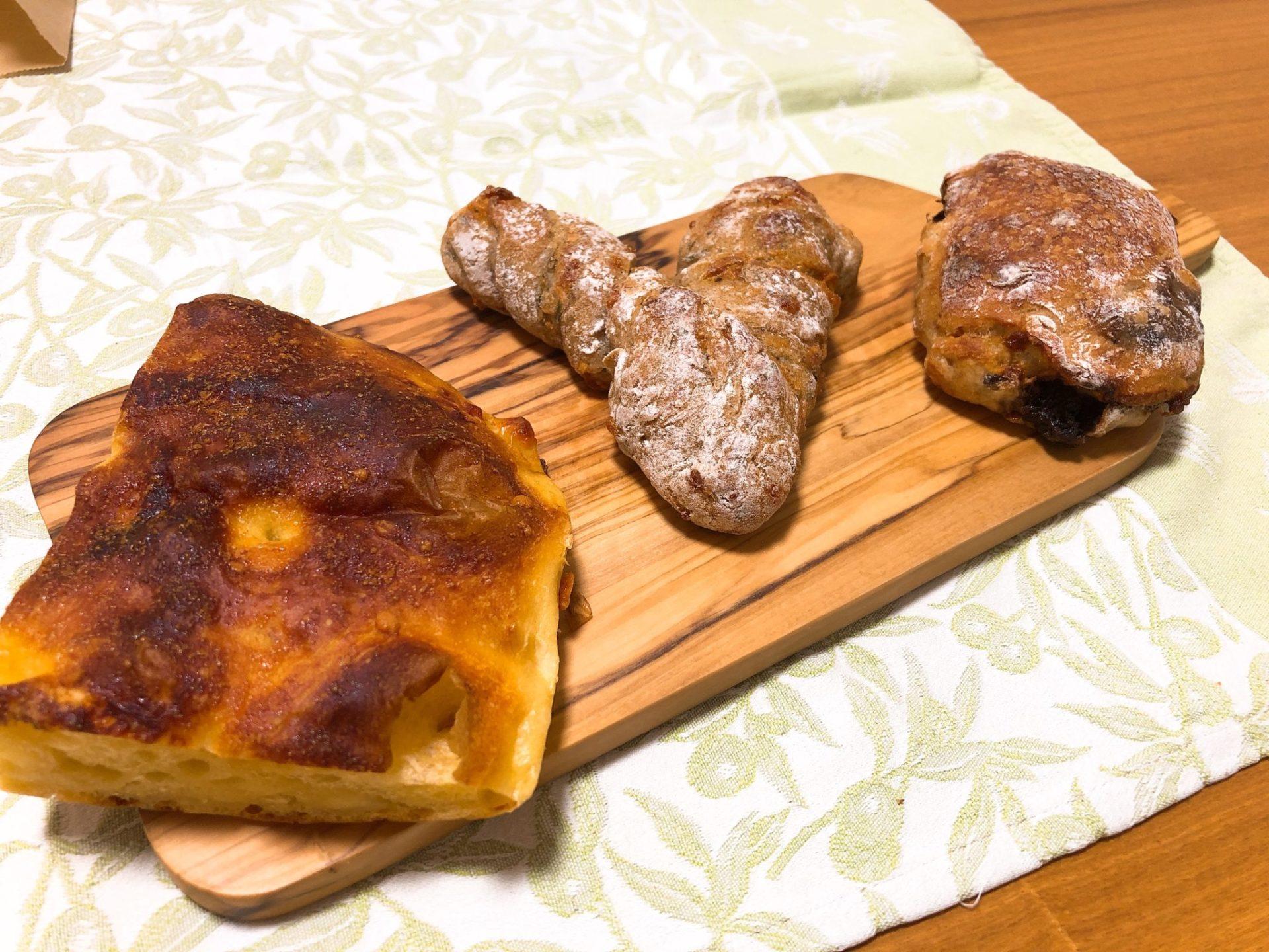 Comme'N(コム・ン)東京のパン
