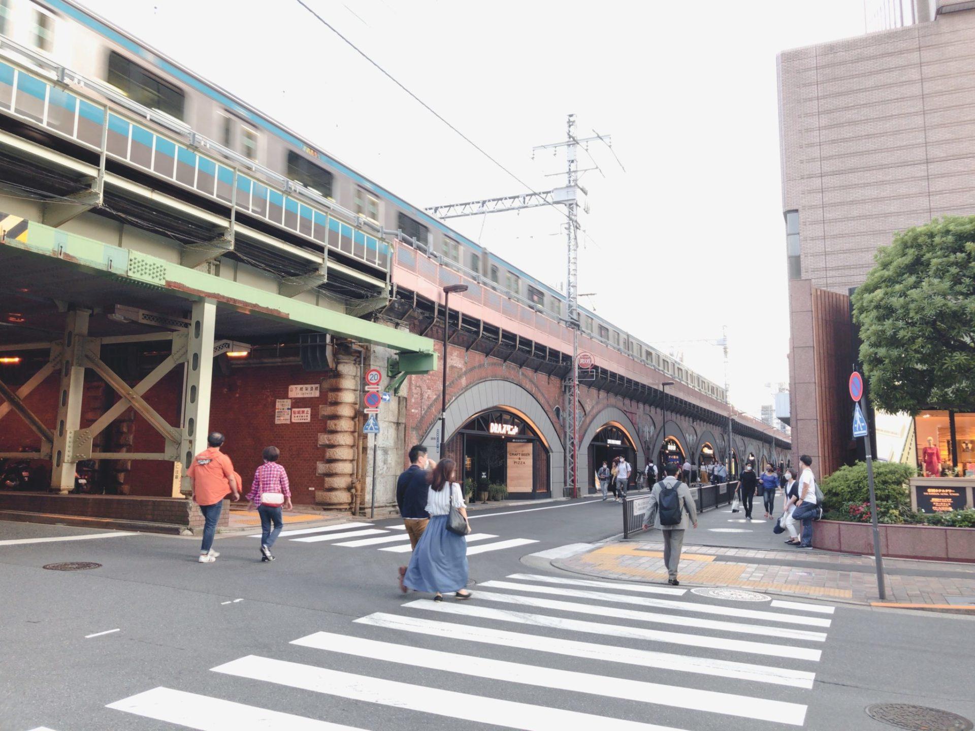 日比谷OKUROJI(ヒビヤオクロジ)は帝国ホテルの近く