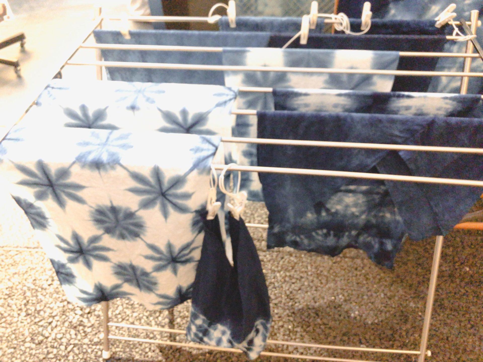 日比谷OKUROJI(ヒビヤオクロジ)の水野染工場の藍染