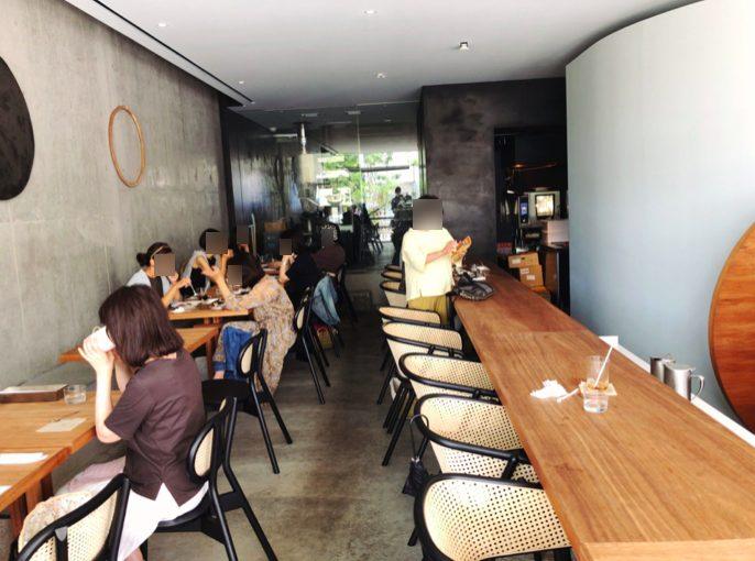 小川珈琲ラボラトリー桜新町のテーブル席