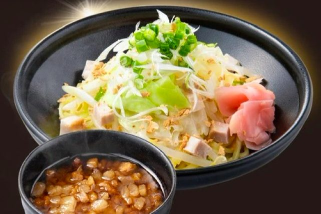MAX鈴木の背脂飯店のつけ麺
