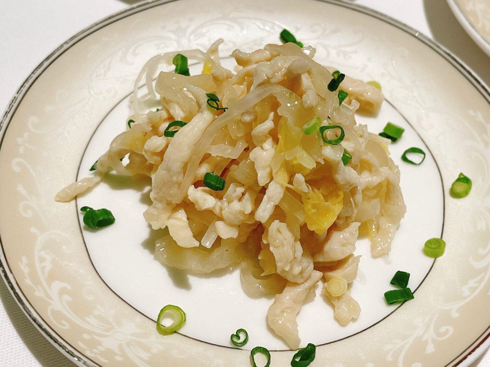 厲家菜(レイカサイ)銀座の鶏肉と白菜