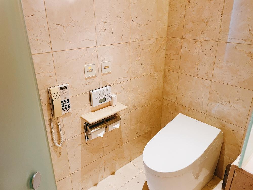 ペニンシュラ東京のトイレ