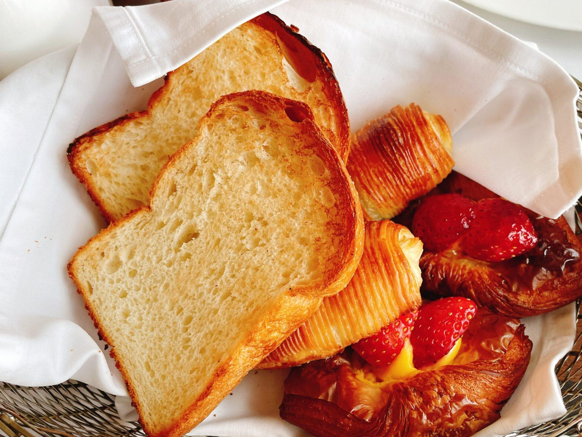 ペニンシュラ東京のパン