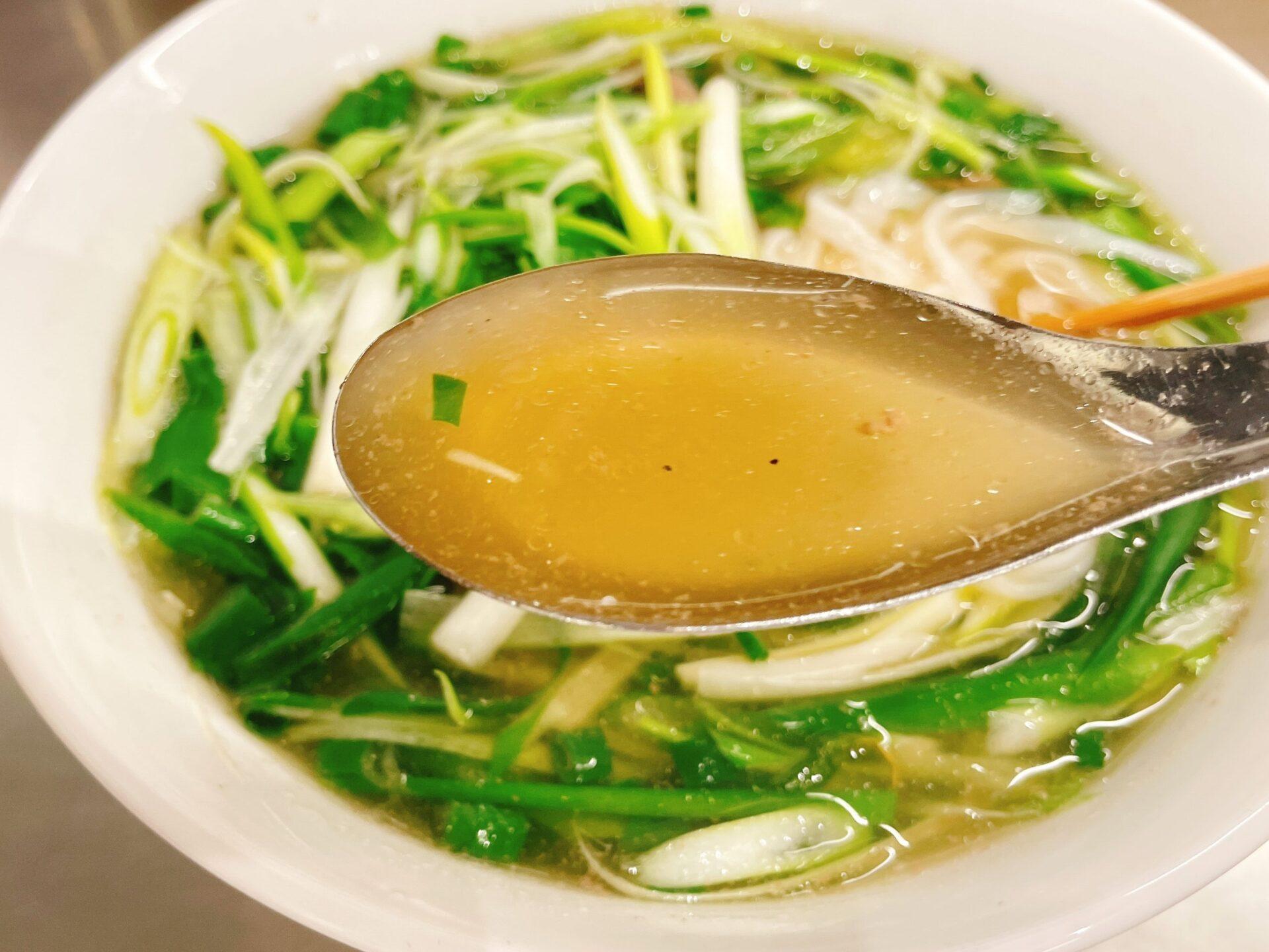フォーティントーキョー 新宿店のスープ