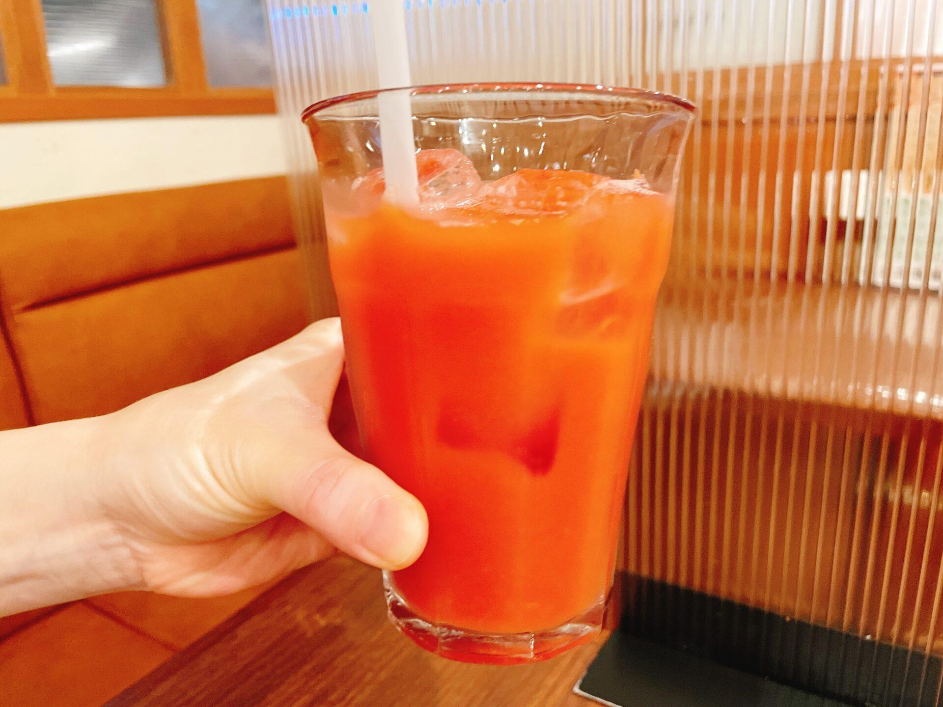あるでん亭 新宿住友ビル店のブラッドオレンジジュース