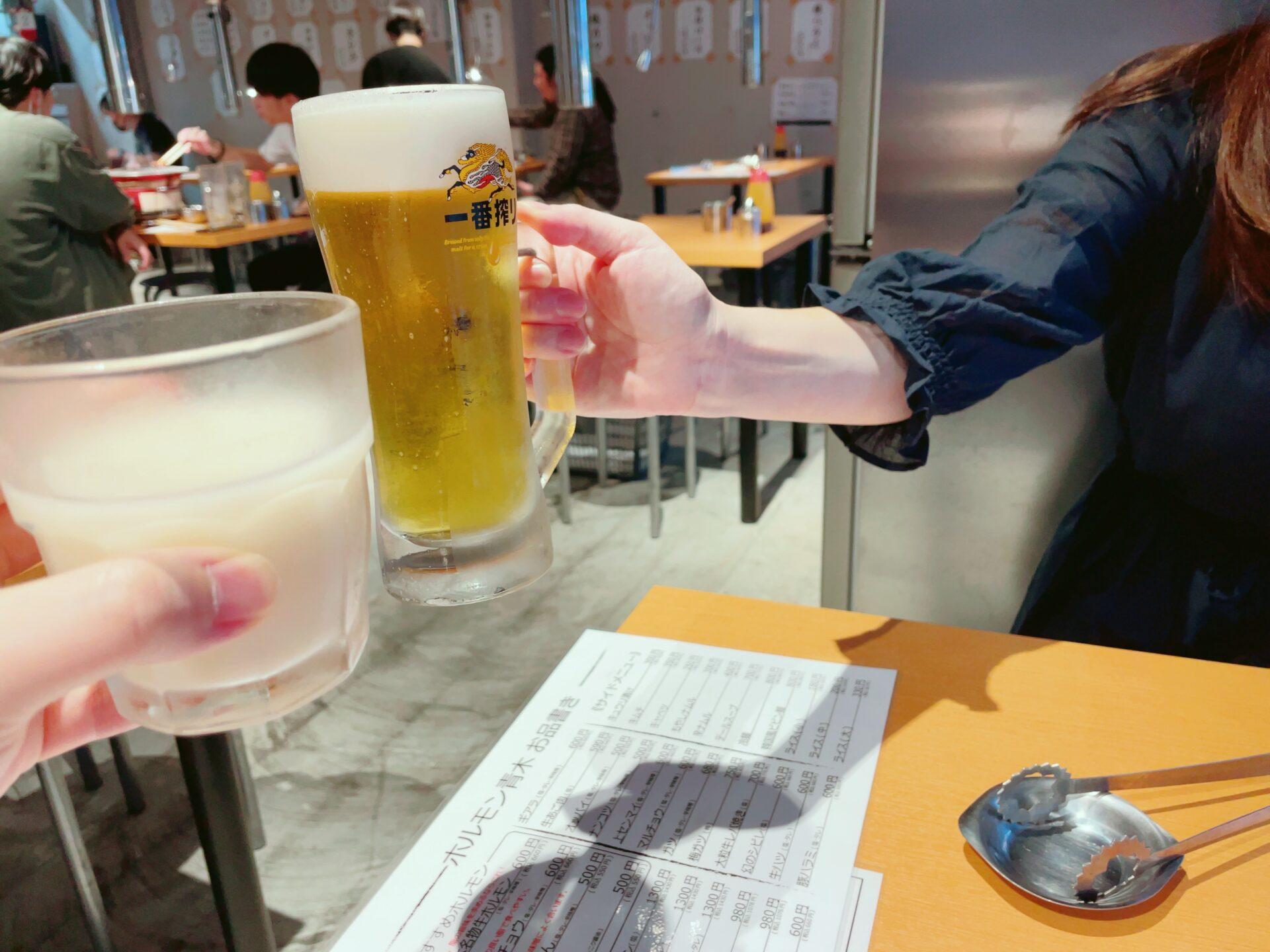 ホルモン青木 下北沢店の生ビール